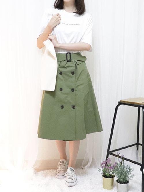 アメノチハレのTシャツ、ロングスカートを使ったコーディネート