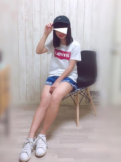 yuaのLevi's(リーバイス)Tシャツを使ったコーディネート