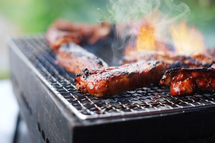 趣味サークルの野外BBQパーティー(イメージ画像)