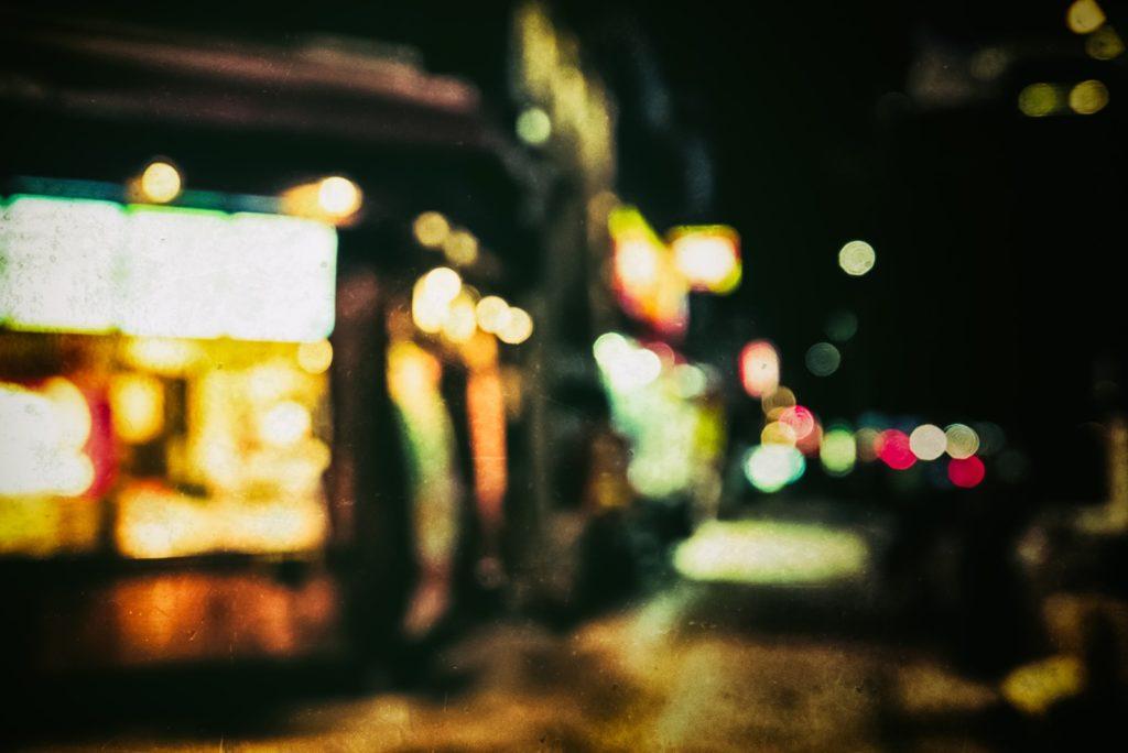 ネオン街の風景