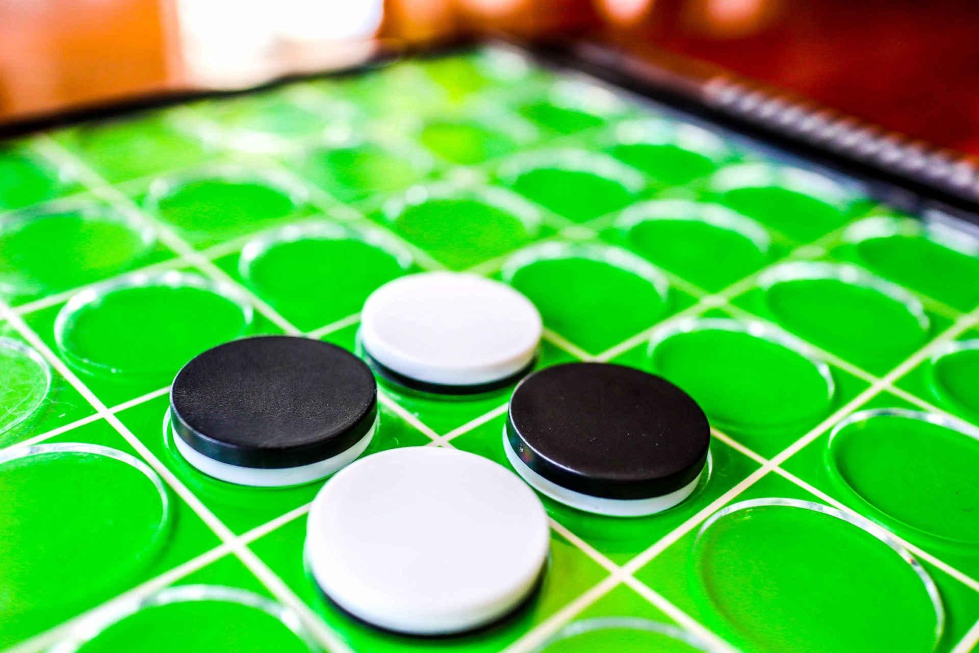 ボードゲームコンで良く遊ばれるオセロ